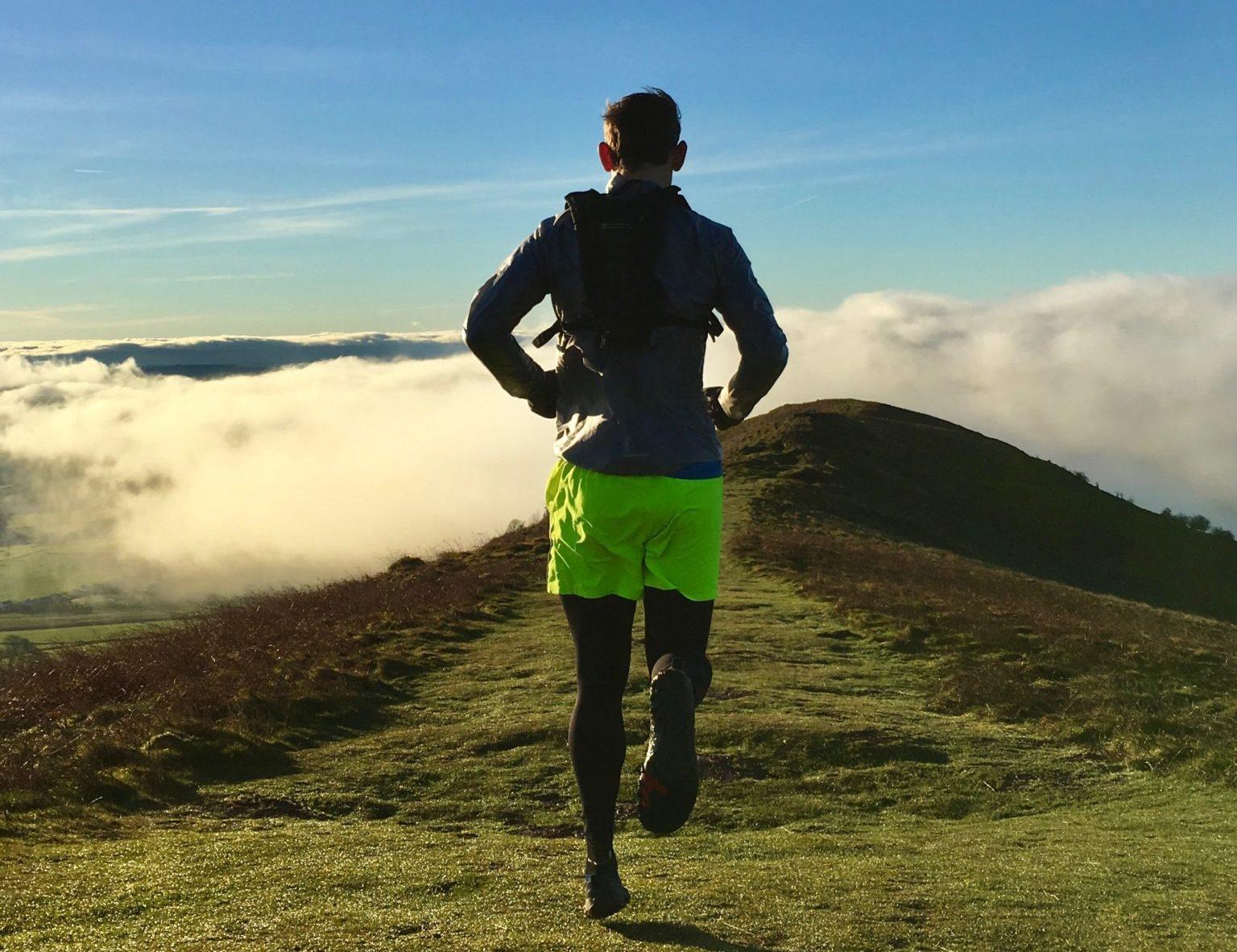 TOP RUNNING TIPS | 6 DOWNHILL RUNNING TECHNIQUES